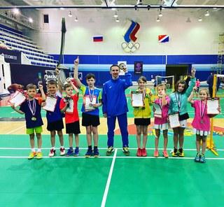 Уссурийские спортсмены приняли участие в соревнованиях по бадминтону