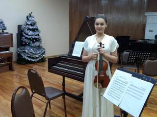 Юная скрипачка из Уссурийска завоевала Гран-при на международном конкурсе