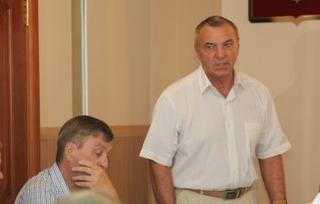 На очередном заседании Думы УГО депутаты рассмотрели вопрос «О ходе исполнения бюджета УГО за I полугодие 2012 года»