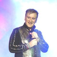 Сергей Пенкин выступил на сцене ДОРА